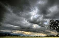 Capa - Quinta-feira com risco de temporais; confira a previsão do tempo